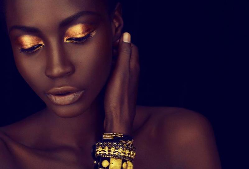 مكياج-ذهبي-للبشرة-السمراء