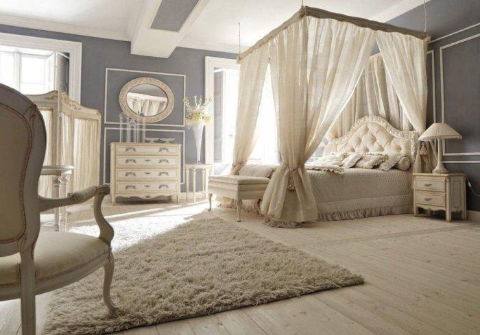 ستائر بيضاء لسرير غرفة النوم