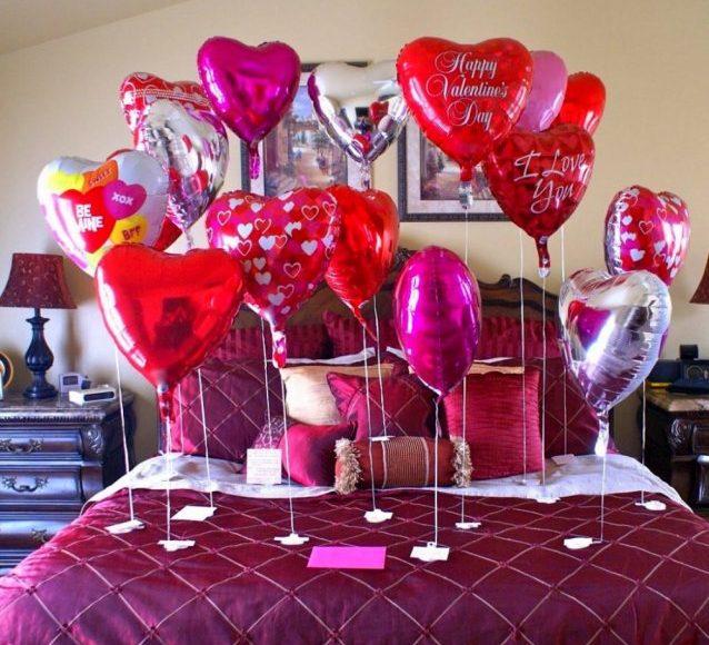 وضع البالونات في غرفة النوم