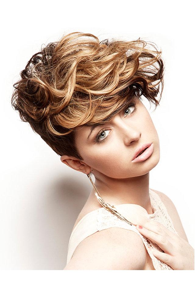 تسريحة-شعر-مجعدة