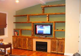 رفوف خشبية للتلفزيون