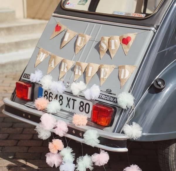 السيارات القديمة في الزفاف