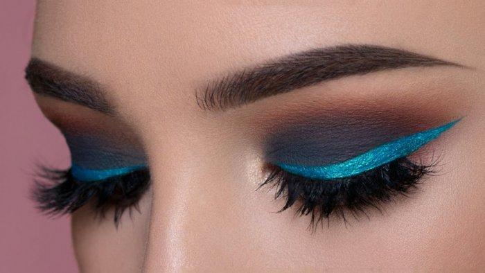 ظلال-عيون-زرقاء-براقة