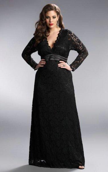 907b56c002762 فستان سهرة للسمينة بقماش الدانتيل الذي يخفي الوزن الزائد بطريقة مثالية
