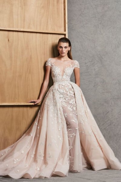 فستان-عروس-تنورة-منفوشة