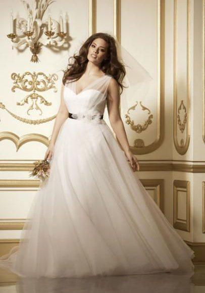 فستان عروس ممتلئة