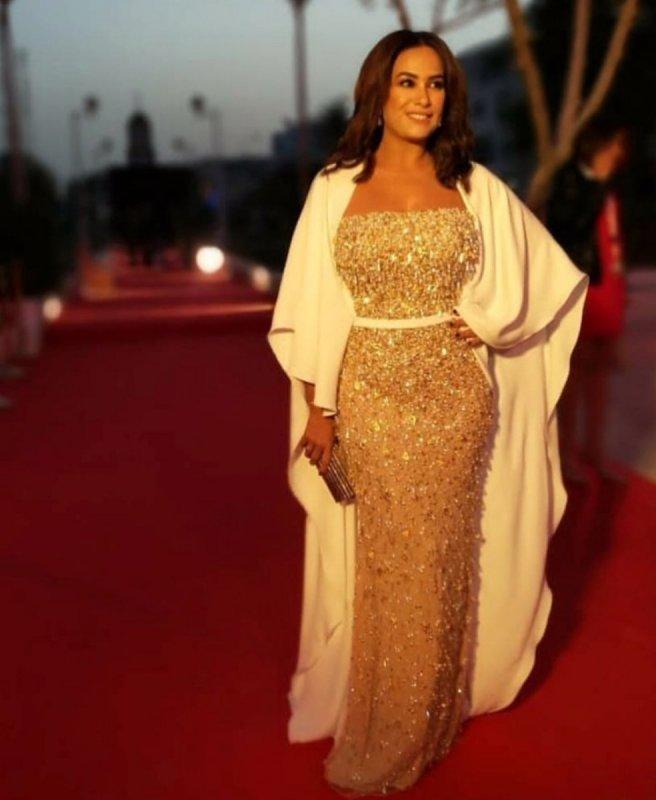 هند-صبري-بفستان-من-لابورجوازى