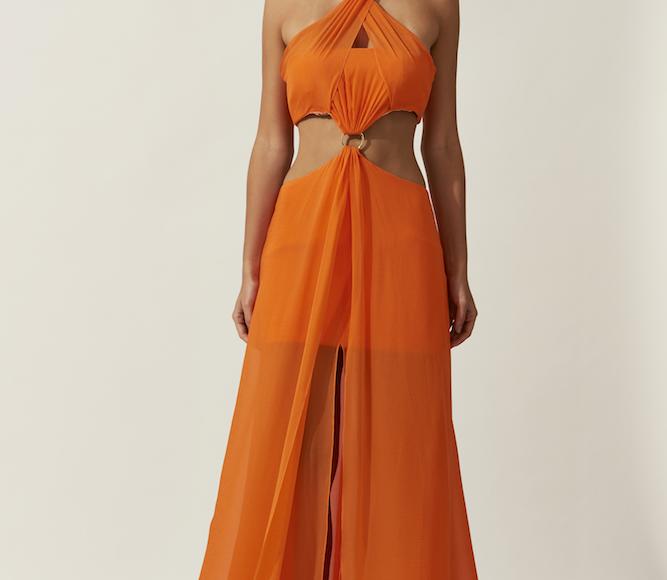 فستان باللون البرتقالي