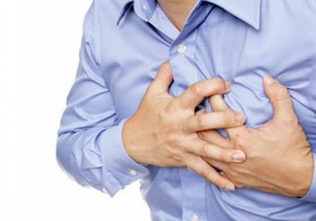 طرق إسعاف المصاب بأزمة قلبية مفاجأة