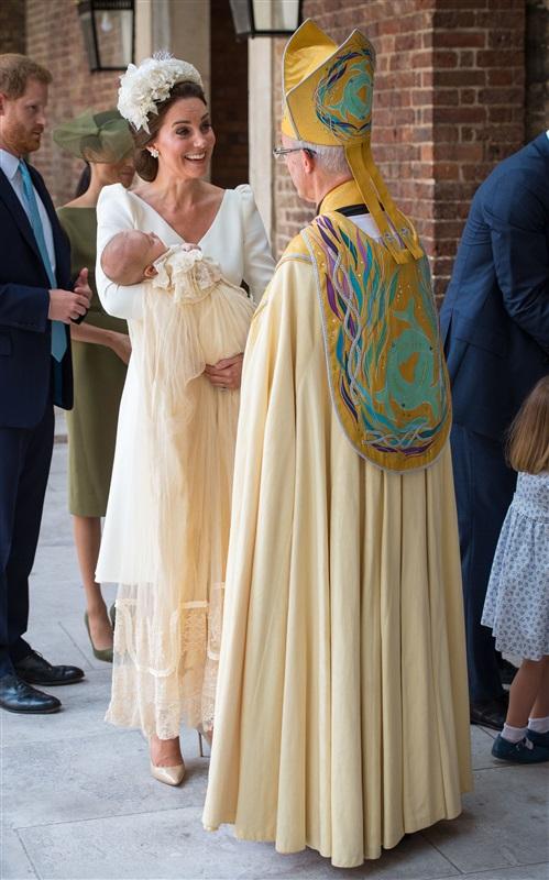 كيت-ميدلتون-في-حفل-تعميد-الأمير-لويس
