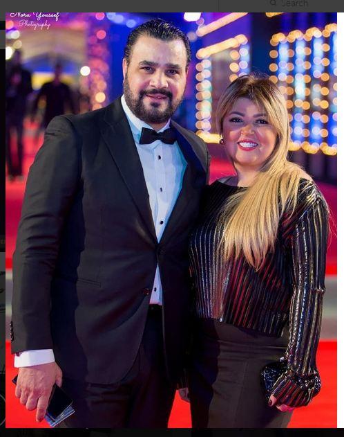 مجدي كامل وزوجته مها أحمد