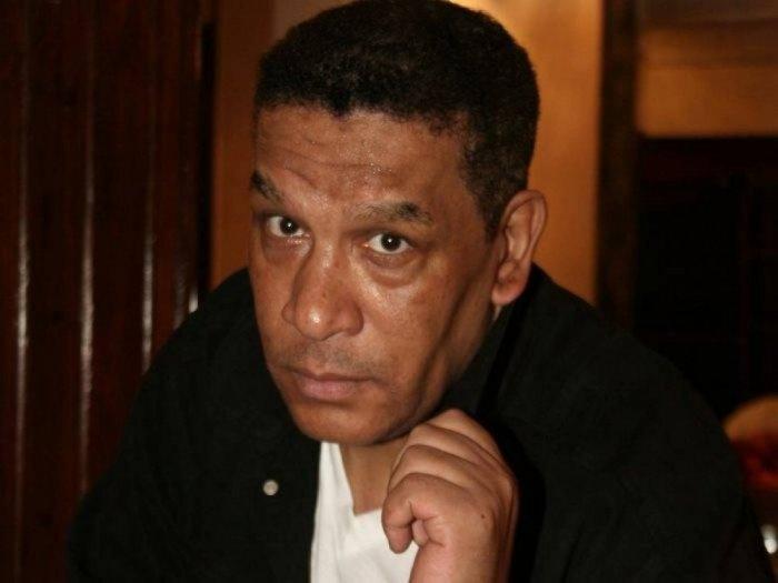 وفاة الفنان محمد شرف