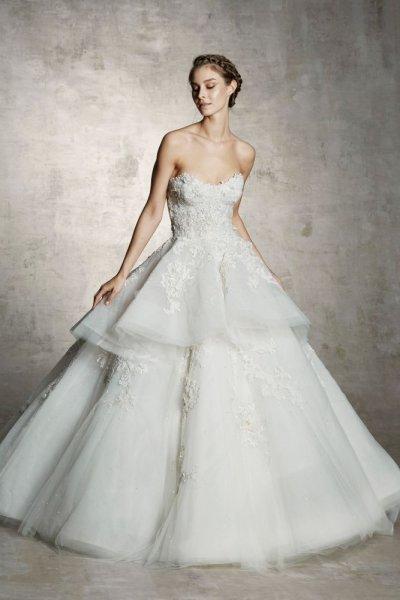 فستان-بتطريزات-ناعمة