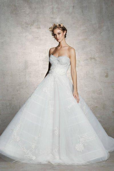 فستان-بتنوره-منفوشة