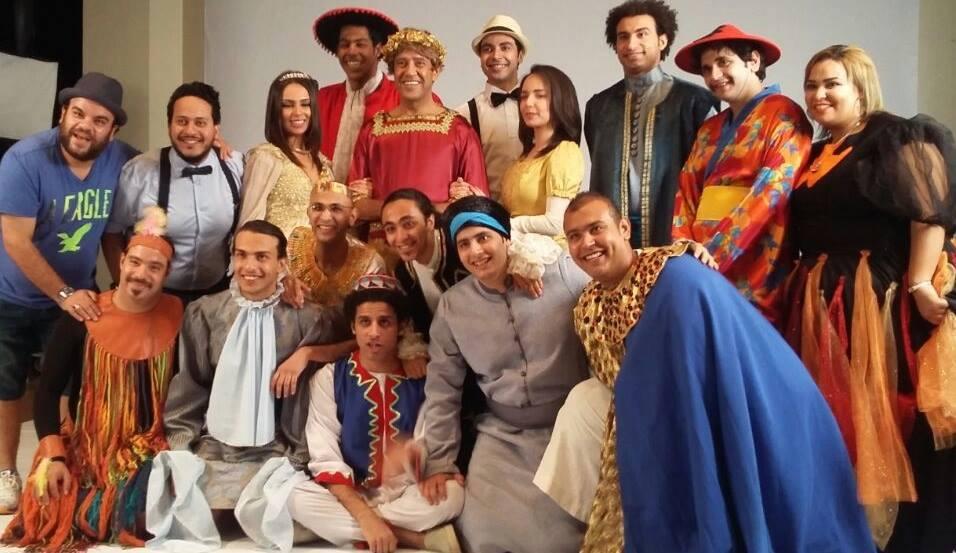 الفنان أشرف عبد الباقي يفتتح احدث مسرحياته فوزي الدرملي الراقية