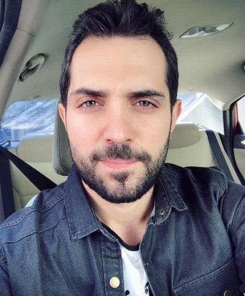 الفنان السوري محمد باش