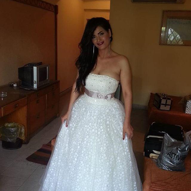 سما المصري بفستان زفاف