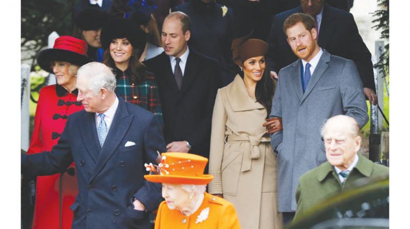 """الأمير فيليب قدم نصيحة """"وقحة"""" للأمير هاري قبل زواجه من ميغان ماركل"""