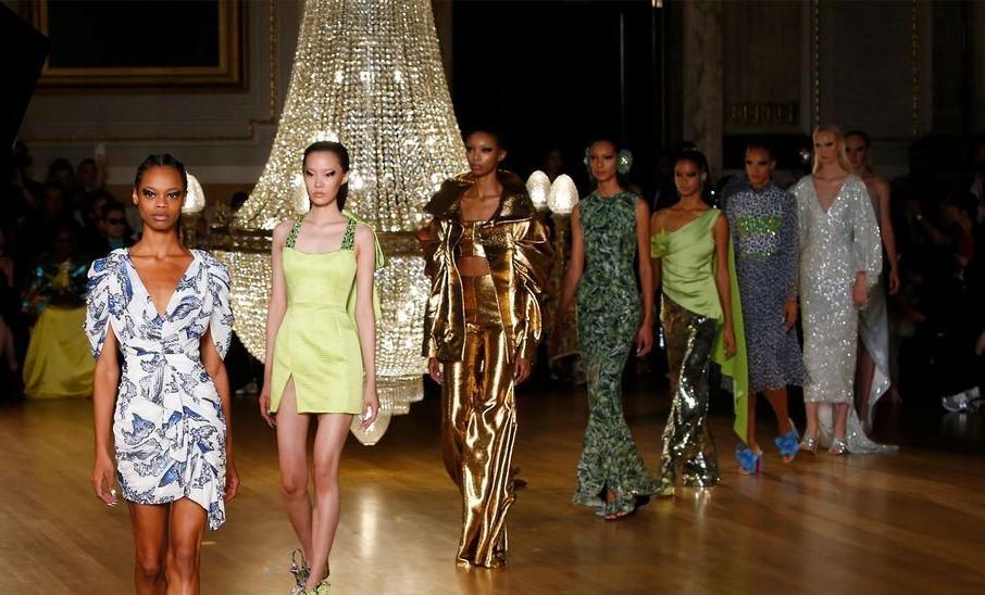 أجمل الأزياء خلال اسبوع الموضة 2019 المقام في لندن