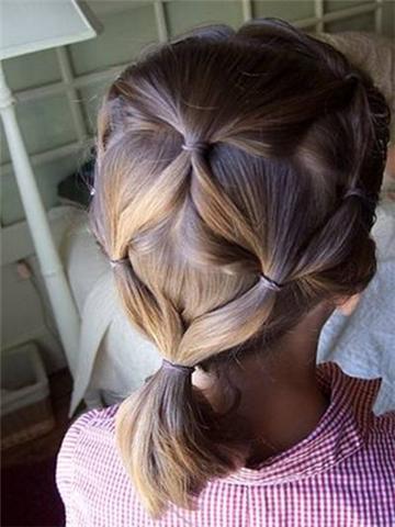 أجمل التسريحات التي تُناسب الشعر القصير