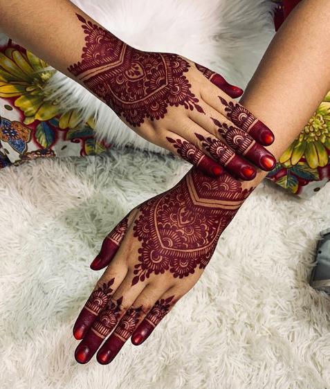 رسومات حناء هندية وخليجية رفيقة وناعمة