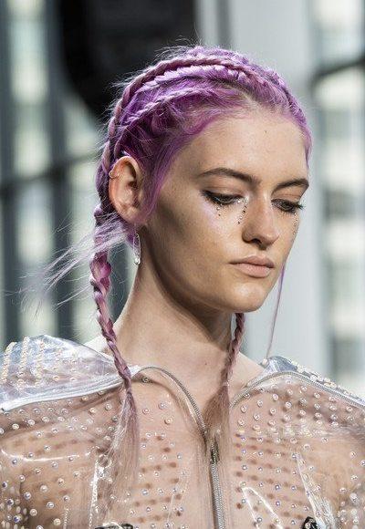صبغة الشعر باللون البنفسجي