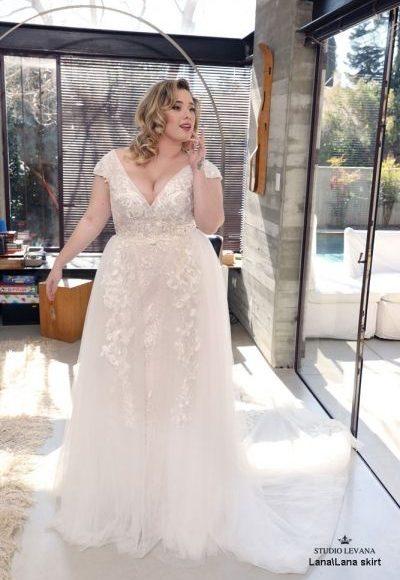 فساتين زفاف سمينات 2019