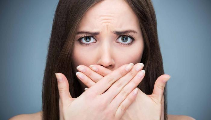 التخلص من رائحة الفم الكريهة