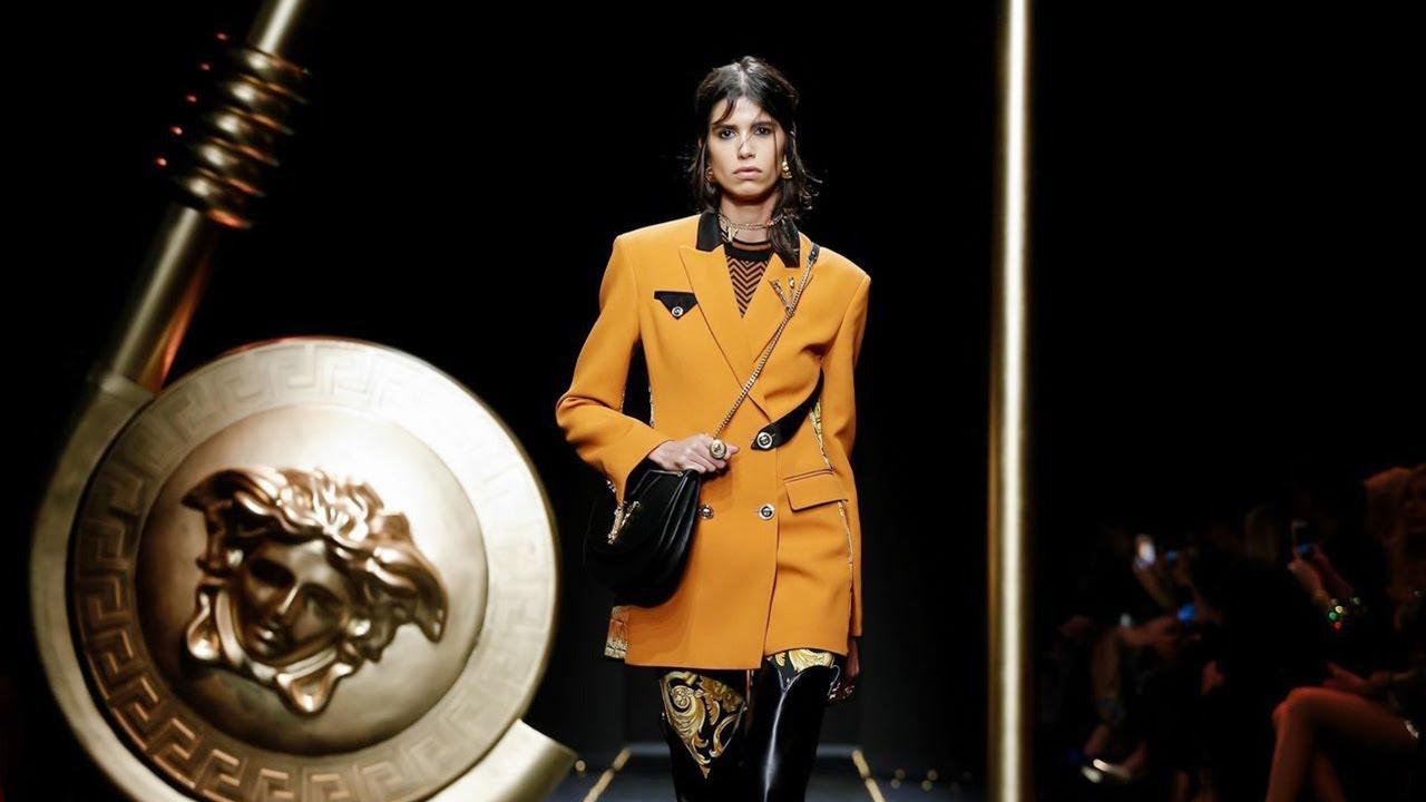 اسبوع الموضة في ميلانو