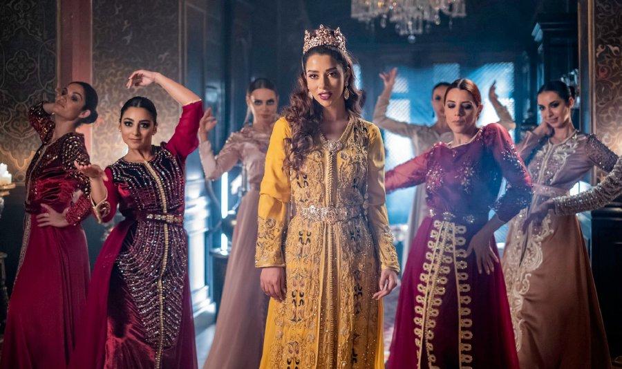 بلقيس تطلق أولى أغنياتها المغربية المصورة