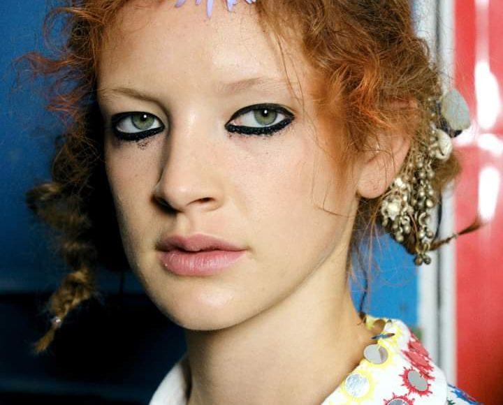 موضة صيحات مكياج العيون في أسبوع الموضة المقام في مدينة لندن