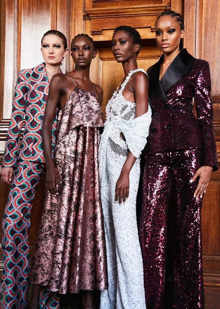 أبرز صيحات الموضة والجمال في أسبوع الموضة المقام في مدينة لندن