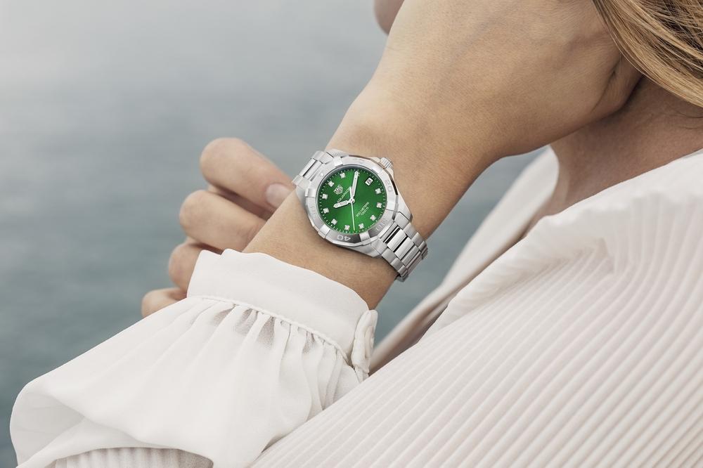تصميمان جديدان باللون الأخضر الزمردي ينضمان إلى مجموعة تاغ هوير أكواريسر