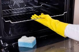 خطوات طريقة تنظيف فرن البوتاجاز