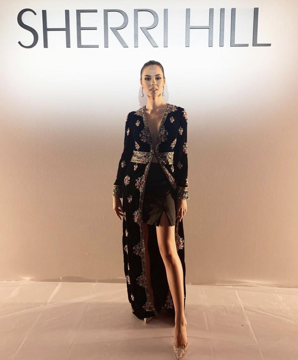 أزياء شيري هيل خلال اسبوع الموضه في نيويورك 2020