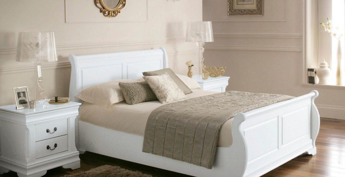 ديكورات غرف نوم بيضاء مودرن مع أرضيات باركيه