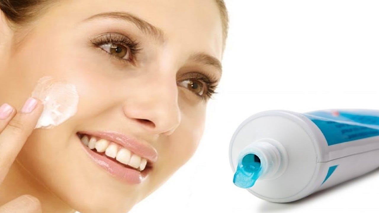 فوائد مبهرة لـ معجون الأسنان على البشرة وغيرها