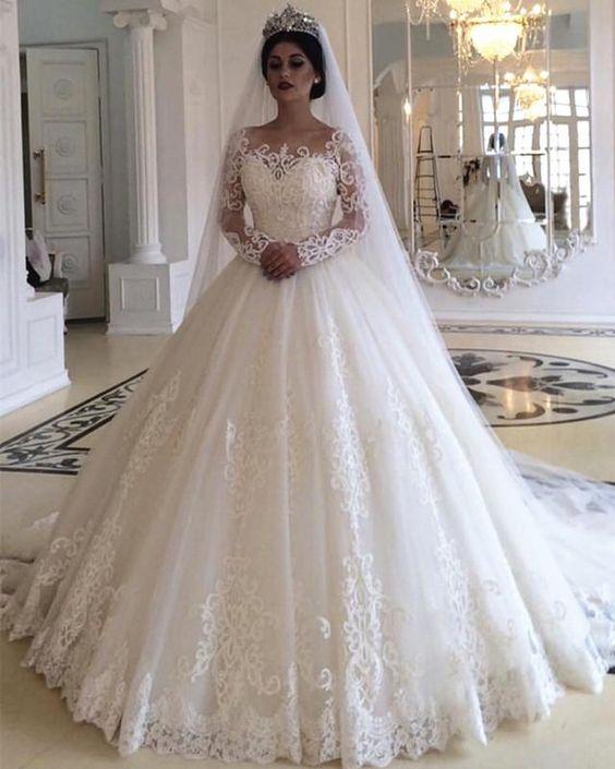 أجمل فساتين الأعراس فخمة الطابع