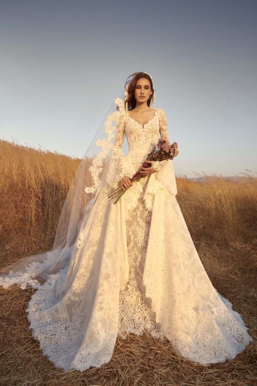 أشكال فساتين زفاف من توقيع زهير مراد