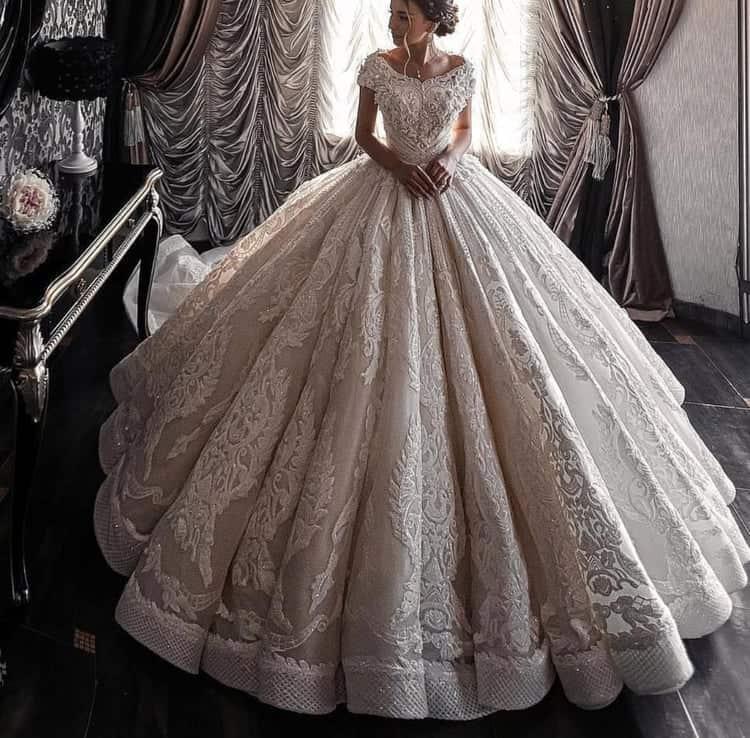 إطلالات مميزة لعروس 2020