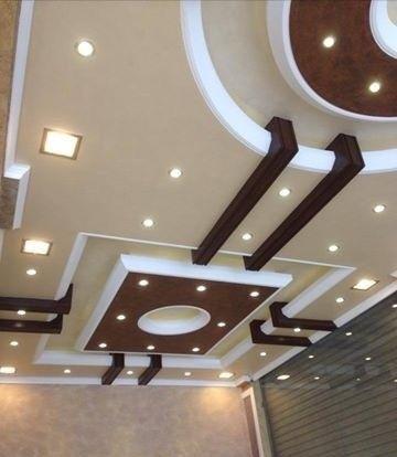 الطابع البسيط يميز إحدى تصميمات الأسقف الجبسية