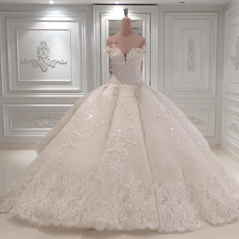 تصميمات مميزة لفساتين أعراس 2020