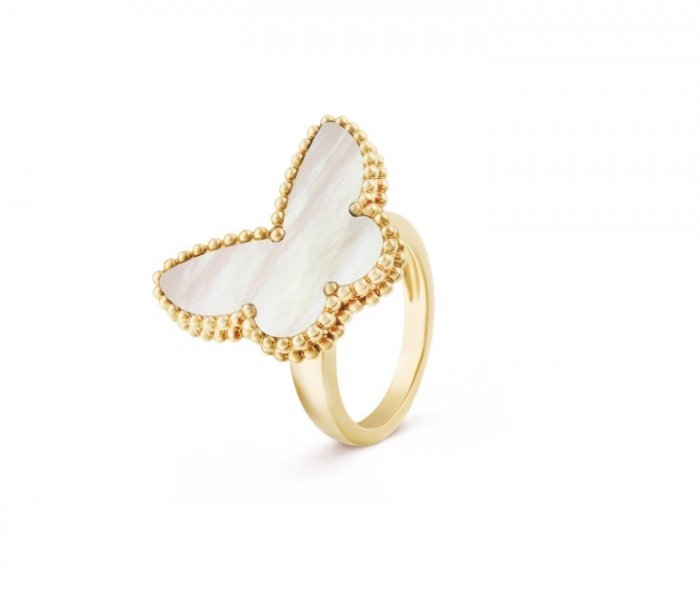 خاتم ماركة فان كليف