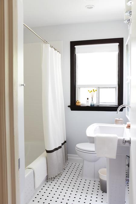 ديكورات حمام بسيطة للمساحات الصغيرة