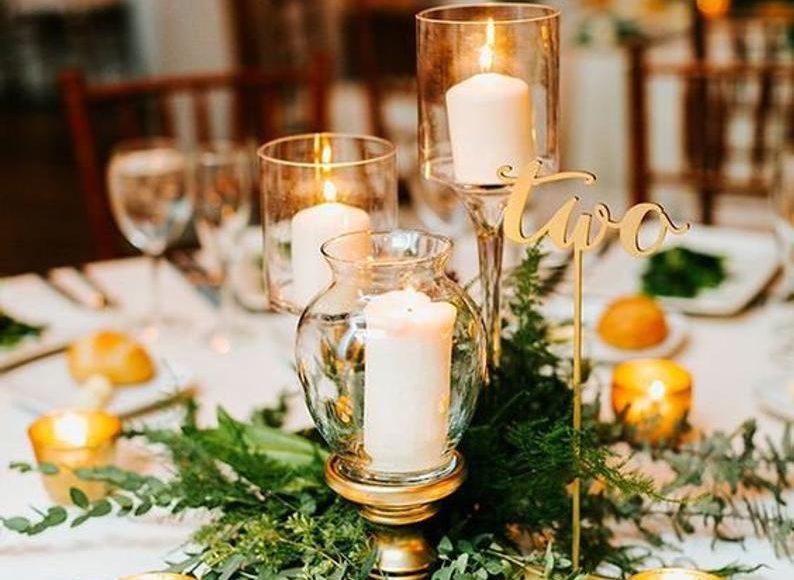 ثيمات زفاف باللون الذهبي