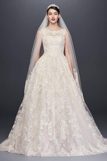 فستان زفاف بتصميم ناعم وفخم