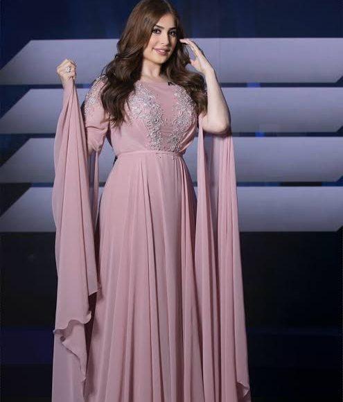 تصميم فستان سواريه باللون الكاشمير من مجموعة زهير مراد