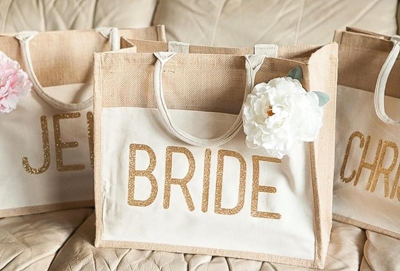 كيفية ترتيب ملابس العروس