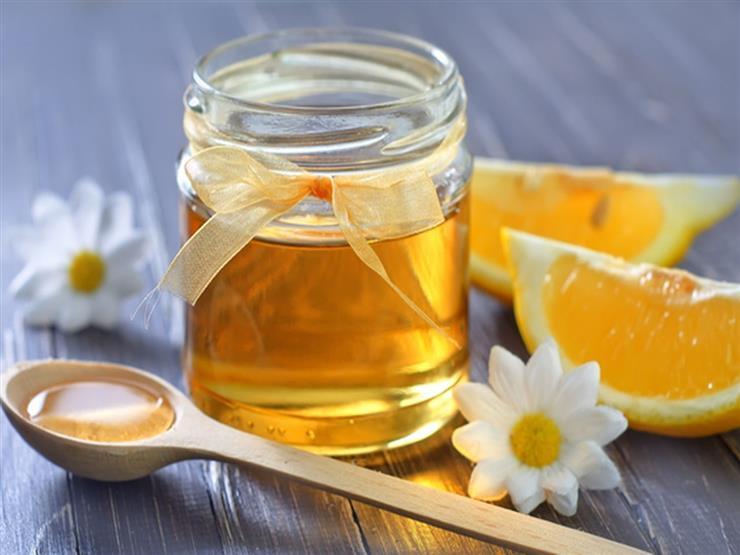 كيف يُعالج الليمون والعسل نوبات السعال والبرد