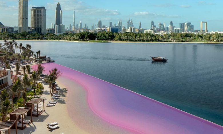 دعمًا للتوعية بسرطان الثدي.. بحيرة لاجون بارك حياة دبي تكتسي الوردي